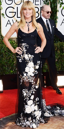 Heidi Klum in Marchesa: l'abito è bello, anche se lo spallino fine sul Red Carpet non mi piace granché, ma quella specie di collarino da chihuahua extralusso non va...