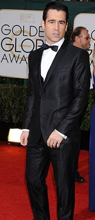 Colin Farrell opta invece per il nero cangiante
