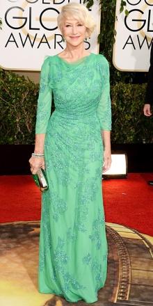 """Helen Mirren in Janny Packham: non si può che dire """"è proprio una bella signora"""". E avete notato il taglio  sbarazzino?"""